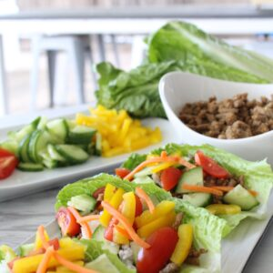 The best lettuce cups with ground turkey, onion and veggies