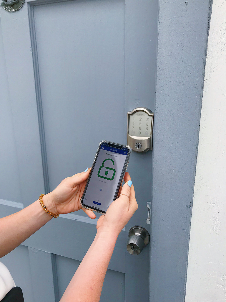 door lock app