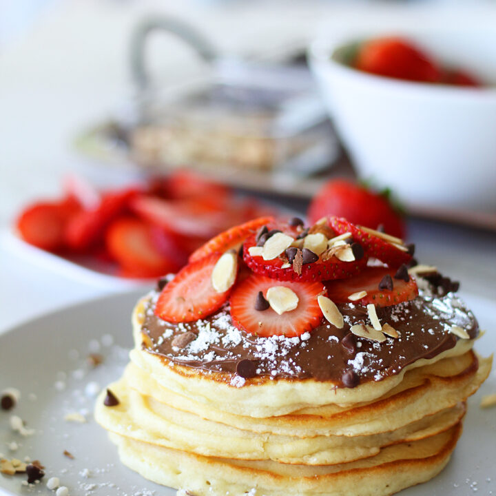 strawberry chocolate pancakes