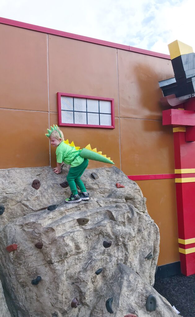 Dino Rock Climbing at LEGOLAND